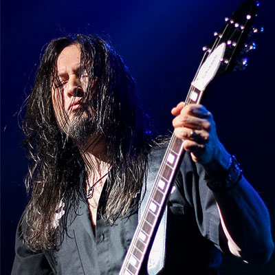 Michael Wilton during a Queensryche show at Turning Stone Casino.